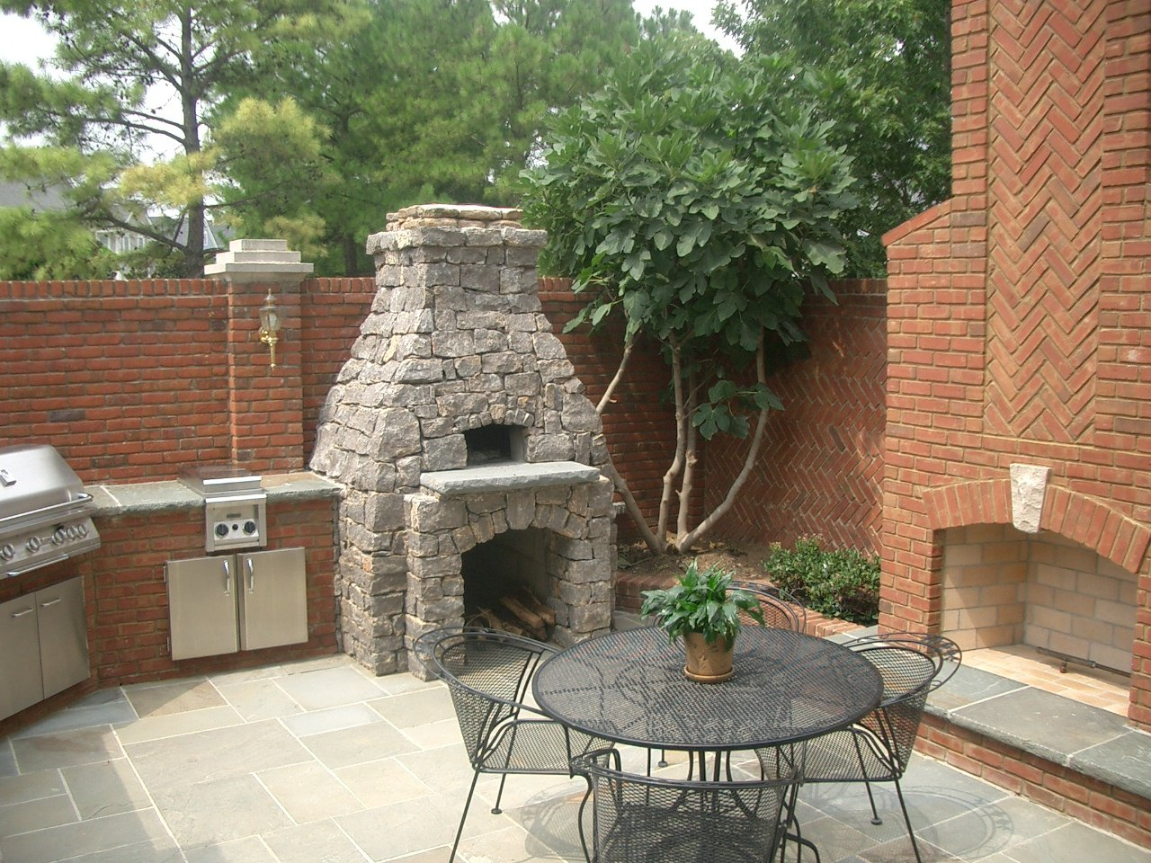 Pizza Oven with stone finish