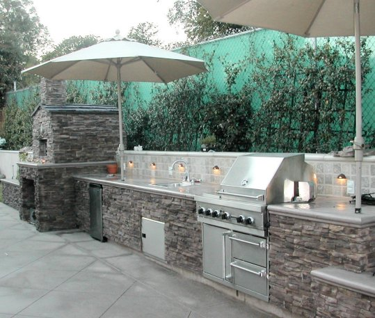 outdoorkitchen2_cc_40_crop